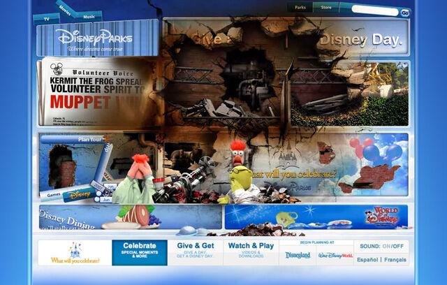 File:Disneyparksgive.com-19.jpg