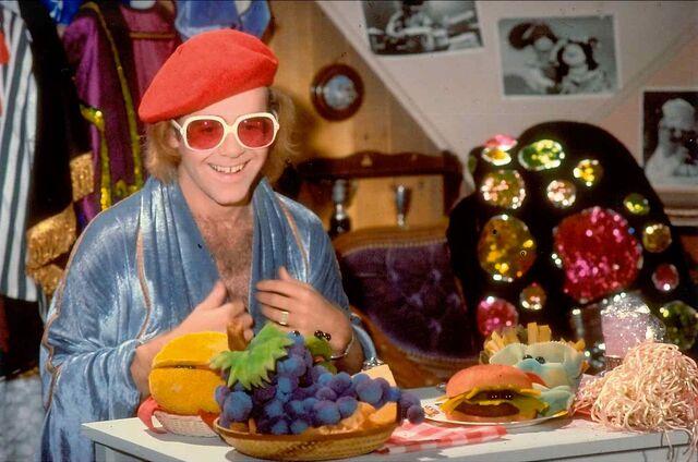 File:Elton17.jpg