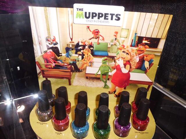 File:MuppetsnailpolishD23.JPG