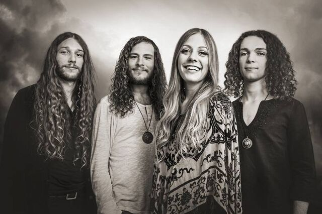 File:BluesPills2014.jpg