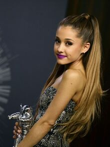 635724220341500142-AP-PEOPLE-ARIANA-GRANDE-74397364.JPG