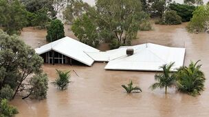 664170-queensland-floods