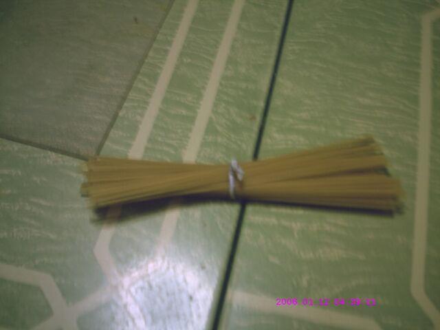 File:Floor spaghetti.jpg