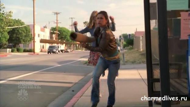 File:Billie Steals Didi's Leg.jpg
