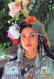 File:Gandharvi- Clothes.jpg