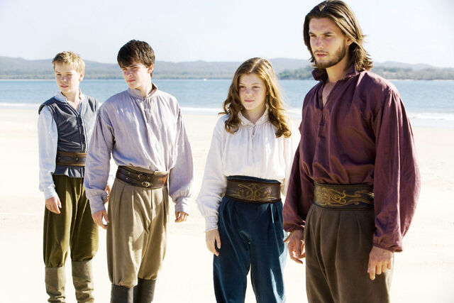 File:Chronicles-narnia-dawn-treader.jpg
