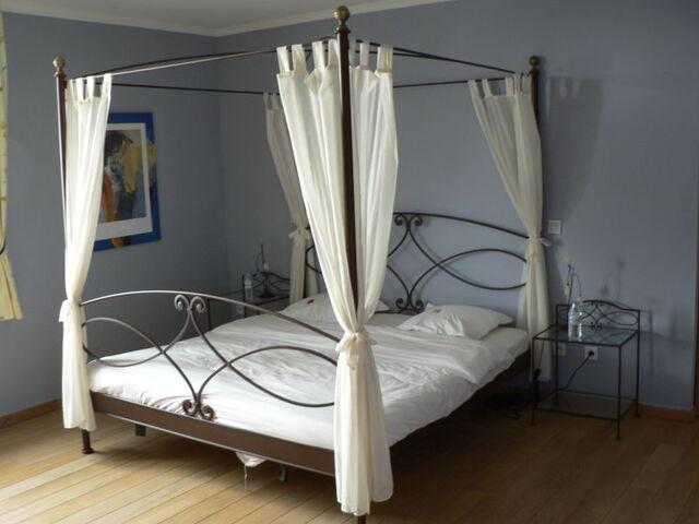 File:Oceana - bedroom.jpg