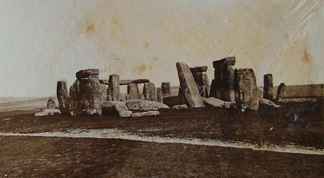 File:Damaged Stonehenge.jpg