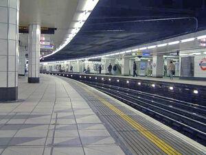Monument underground station (1)