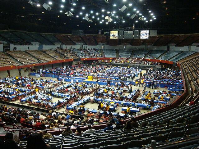 File:Los angeles sports arena.jpg