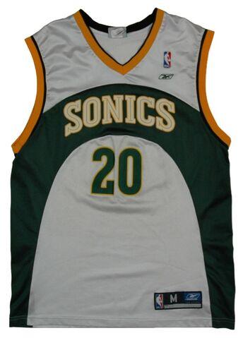 File:Gary Payton Sonics Uni Front.jpg