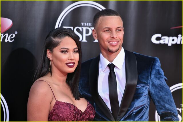File:Stephen-curry-wife-ayesha-espys-2016-red-carpet-04.jpg
