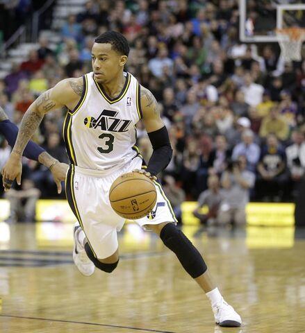 File:Pacers-Jazz-Basketbal acco.jpg