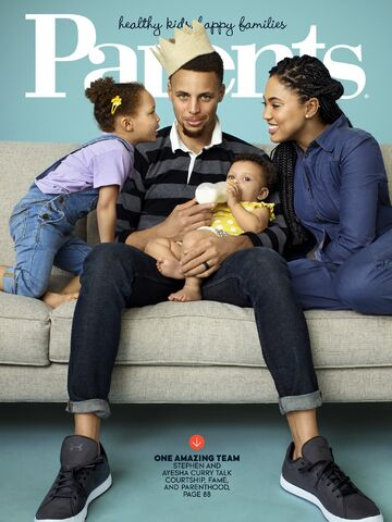 File:Steph-staying-connected-his-girls-when-he-road.jpg