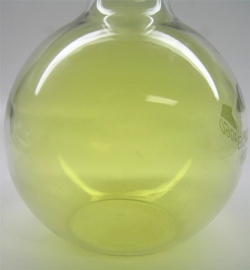 File:Chlorine gas.png