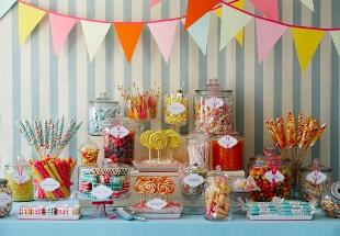 File:Candy-buffet-amy-atlas-1.jpg