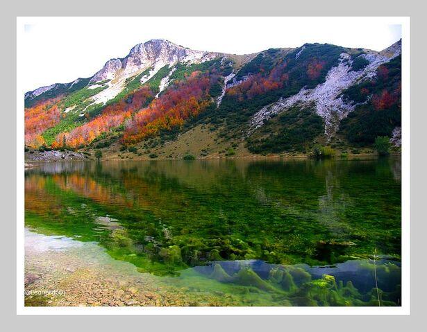 File:Šatorsko jezero - 421951.jpg