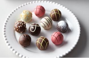 File:Godiva chocolates.png