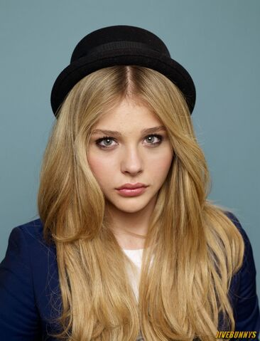 File:Chloe Grace White.jpg