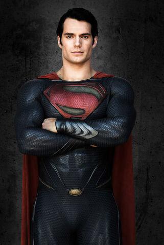 File:Header-new-details-revealed-for-henry-cavills-superman-suit.jpg