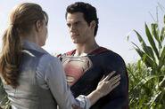 Henry-cavill-superman-amy-adams-lois-lane-man-of-steel3-1-
