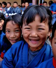 Happy-faces-from-Bhutan-640x480