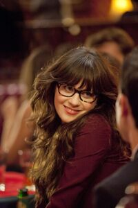 Zooey-deschanel- Episode-Still-5