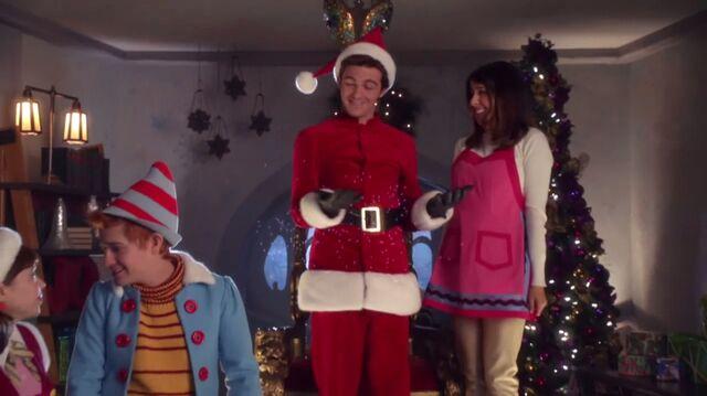 File:Timmy as Santa.jpg