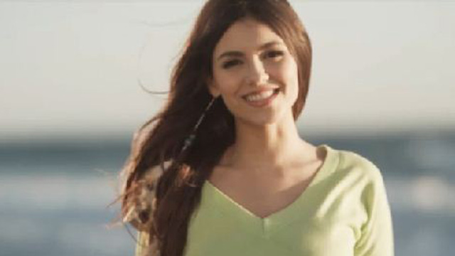 File:Victoria Justice in I Want a Mom That Will Last Forever music video.jpg