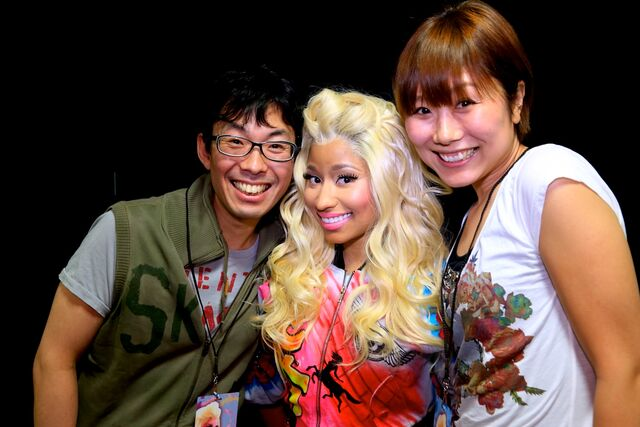 File:MeetandGreet Osaka Nicki Barbz.jpg