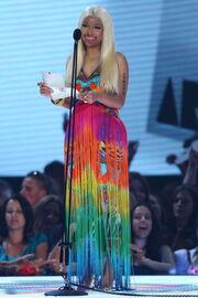 Nicki-minaj-2012-aria-awards-australia10