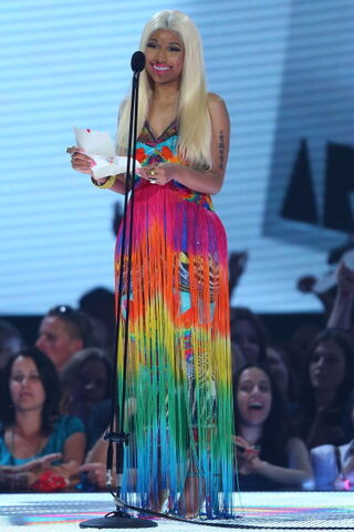 File:Nicki-minaj-2012-aria-awards-australia10.jpg