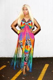 Nicki-minaj-2012-aria-awards-australia7