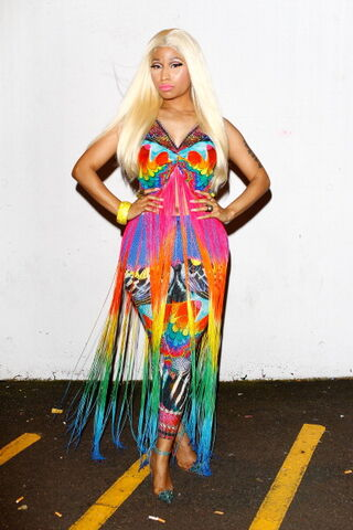 File:Nicki-minaj-2012-aria-awards-australia7.jpg