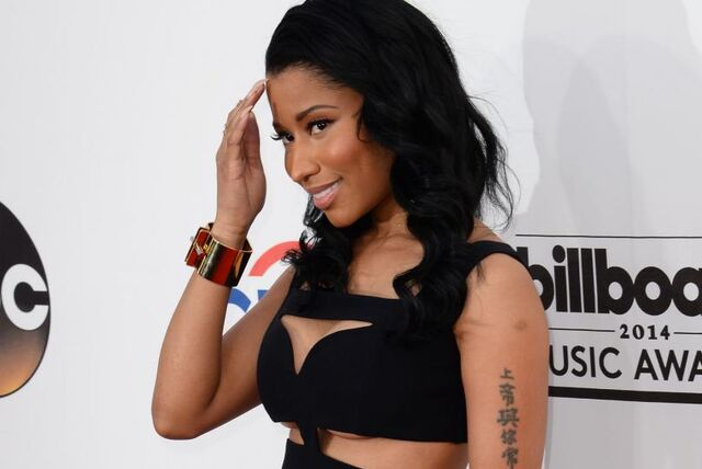 File:Nicki-Minaj-dons-revealing-cut-out-dress-at-2014-Billboard-Music-Awards.jpg