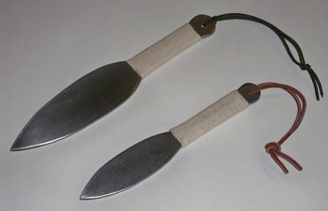 File:New kunai by crafter08-d5mzzqa.jpg