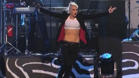"No Doubt Performs ""Push and Shove"""