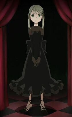 Pretty-in-black-maka-albarn-9913872-600-963