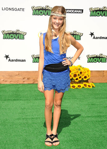 File:Lizzy-greene.jpg