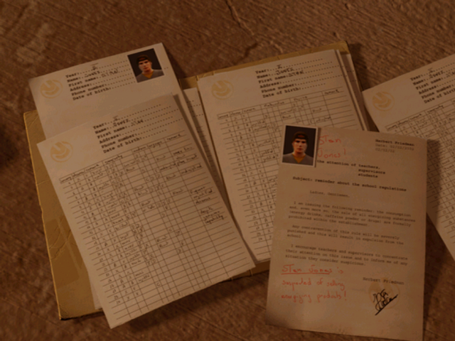 File:Stan's grades Suck.png