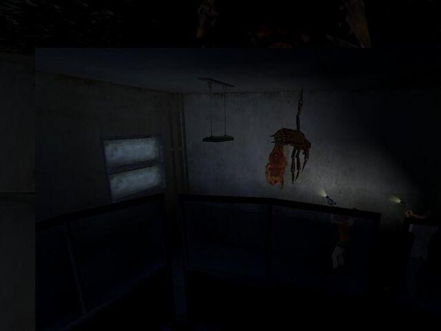 File:Crawler Fly dead.jpg