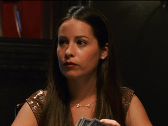 File:Holly Marie Combs playing poker.png