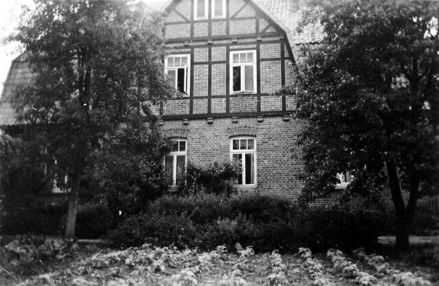 Datei:Leitzmannshof ie.jpg