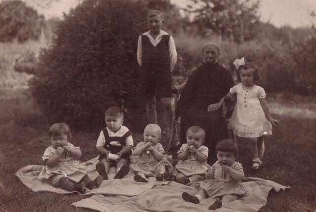 Datei:Leitzmannshof-Kinder.jpg