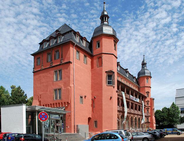 Datei:Isenburger Schloss d.jpg