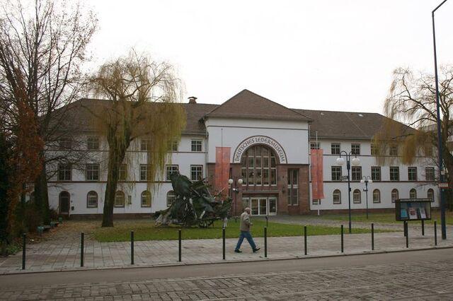 Datei:Deutsches Ledermuseum.jpg