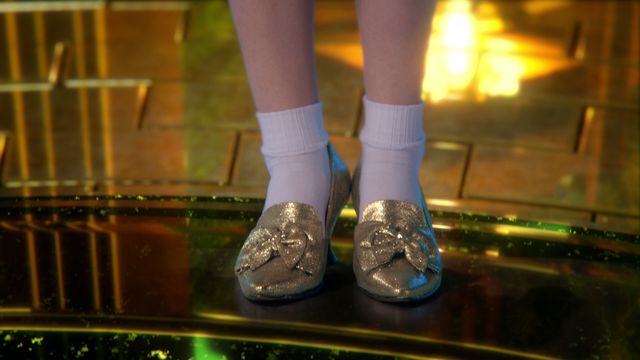 File:320Slippers.png
