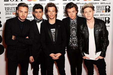 One-direction-brit-awards-red-carpet