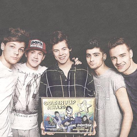 File:One Direction Golden Flip.png