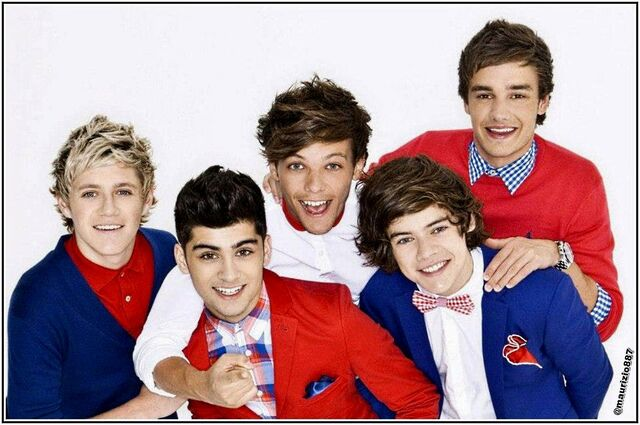 File:1D-Potoshoots-one-direction-34333782-1600-1063.jpg